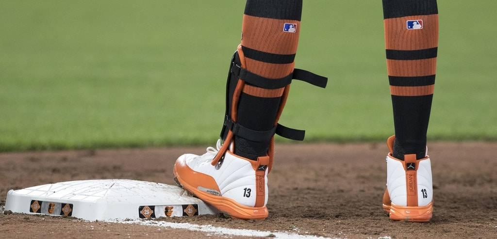 Adidas Icon Bounce Baseball Cleats